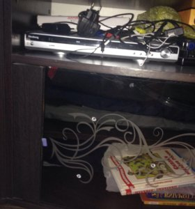 DVD-player+-20 дисков мультиков и кино