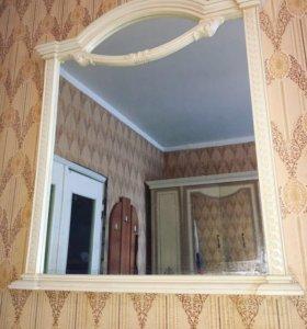 Шкаф, комод и зеркало.