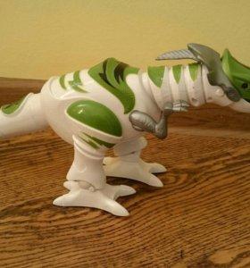Динозавр (новый)