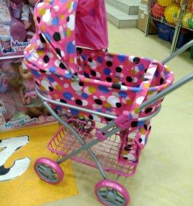 Новая коляска для кукол