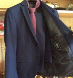 Пиджак галстук