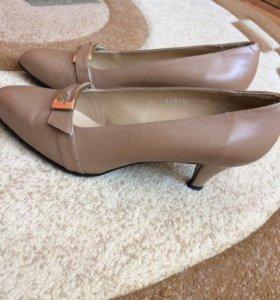 Туфли женские, Италия, размер 40