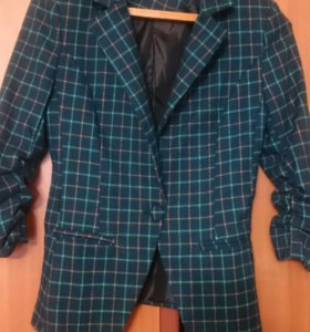 Пиджак размер 42