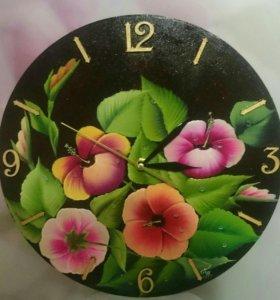 "Настенные часы ""Гибискусы"""