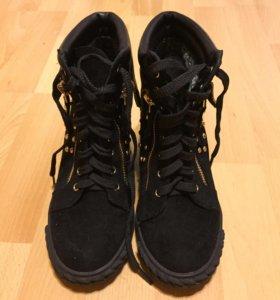 Ботинки-Сникерсы карри