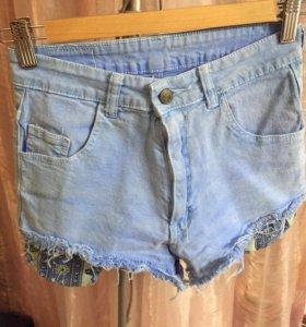ярко голубые шорты джинсовые