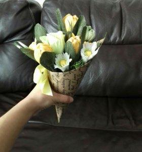 Цветы с конфетами  (свит букет)
