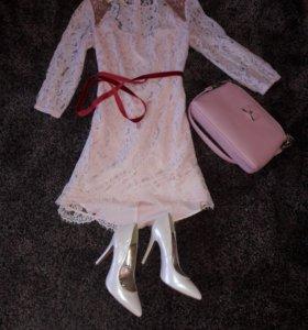 Платье туфли и сумочка