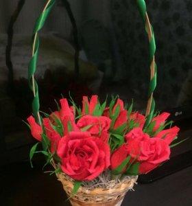 Сладкая корзиночка с цветами