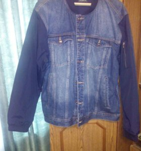 Новая куртка джинсовая