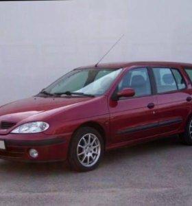 Renault Megane 1: