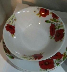 Тарелки и салатник