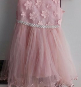 Продам платье в идеальном состоянии девочку 5-6лет