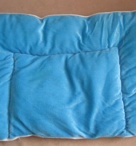 Подушка в кроватку, коляску