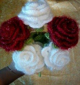 Подарок вязаные розы