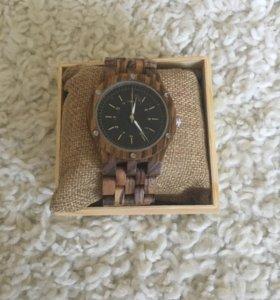 Абсолютно новые мужские часы