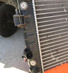 Продам радиатор охлаждения