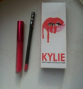Набор 2в1 Kylie.Оттенок VALENTINE