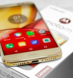 Новый смартфон Moto M (есть цвет золото и серебро)