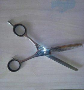 Професиональные ножницы