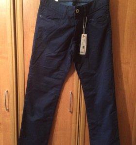 Новые мужские брюки Esprit