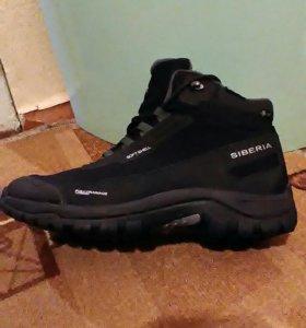 Продам зимние кроссовки EDiTEX SIBERIA