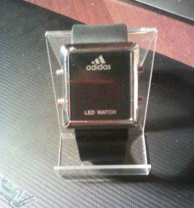 Часы наручные adidas