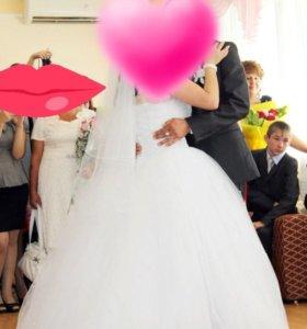 Свадебное платье 46- 48 размера