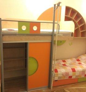 Детская 2-ярусная кровать/шкафы/полка