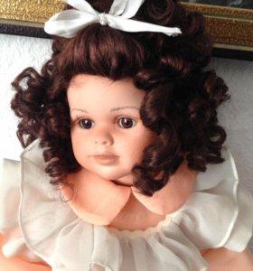 Фарфоровая кукла коллекционная Германия