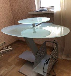 Итальянский стеклянный стол для работы
