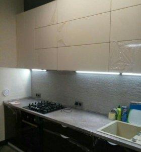 Кухня 3.8м , нестандартный верх. Вся в Блюме