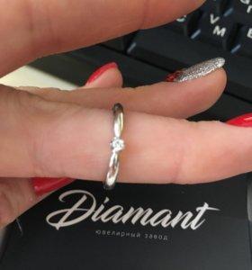 Кольцо белое золото с бриллиантом НОВОЕ 585 п