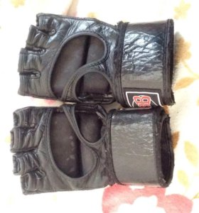 Перчатки/полуперчатки
