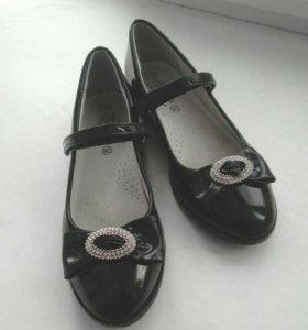 Туфли для девочки 36разм.