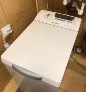 Стиральная машина Electrolux EWT1021
