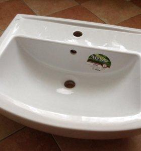 Раковина в ванную комнату новая.