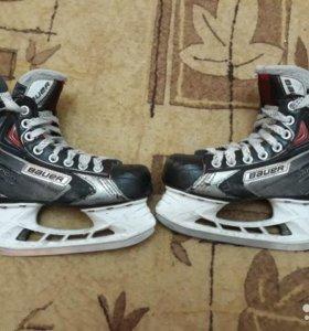 Коньки Хоккейные Bauer x60