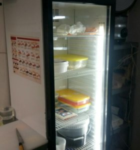 Холодильник-витрина 300 л