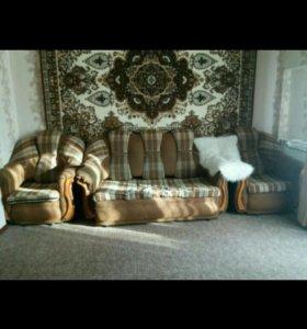 Диван. 2 кресла