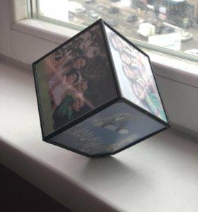 Оригинальная фоторамка ввиде кубика