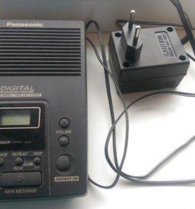 Автоответчик Panasonic KX-TM100B работает