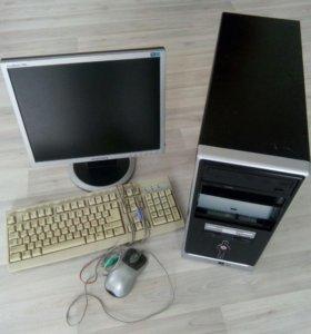 Офисный компьютер для учебы и работы
