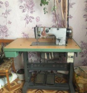 Швейная машинка (промышленная)