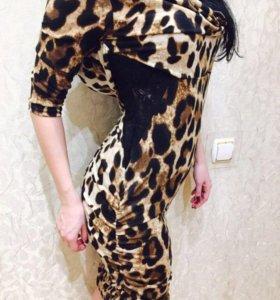 Платье 👗с гипюром