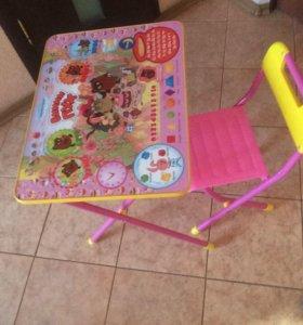 Развивающий стол для девочки