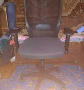 Кресло офисное Younico-Pro