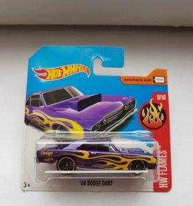 Машинка Hot Wheels '68 Dodge Dart