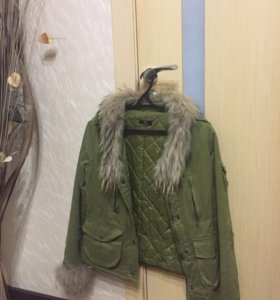 Куртка с натуральным мехом!