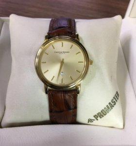 Часы Christian Bernard